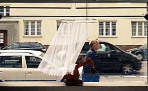 Den smarta gardinen i Berlin. Bild från video