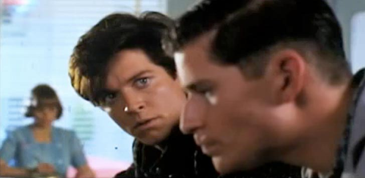 Eric Stoltz i rollen som Marty McFly. Bild från video.